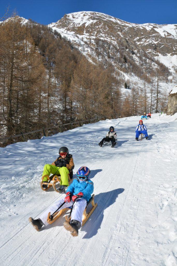 Winter Fane Alm - auf der Rodelbahn in Südtirol rodeln